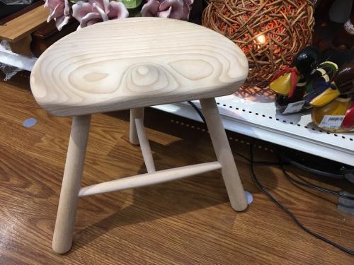 家具のシューメーカーチェア