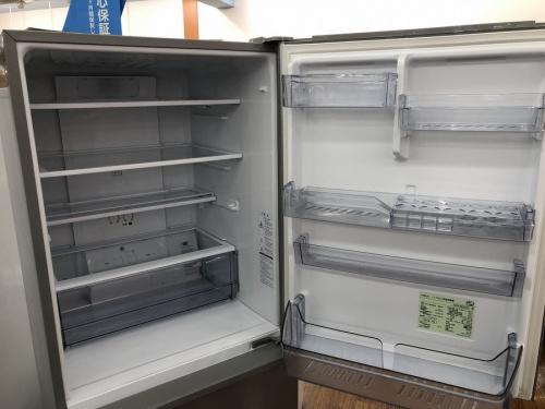 冷蔵庫の4ドア冷蔵庫