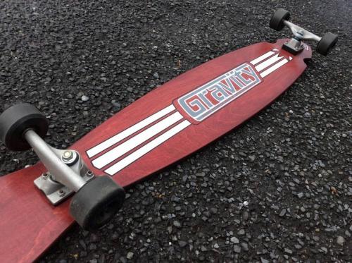 スケートボードのスケボー