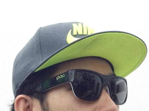 スポーツ用品のサングラス