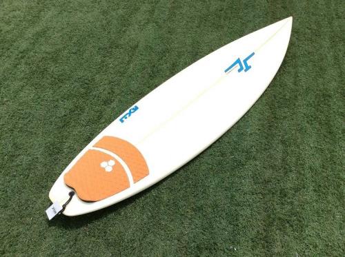 サーフィンのショートボード