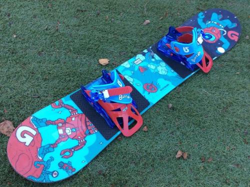スノーボードのキッズスノーボード