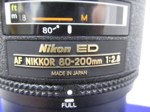 デジタルカメラのレンズ