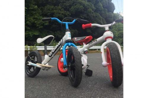 アウトドアの自転車 子供