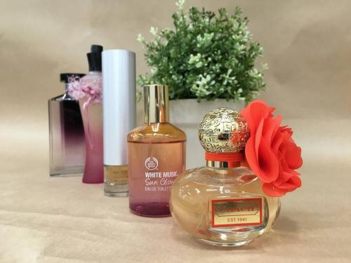 香水のコレクターズキャンペーン