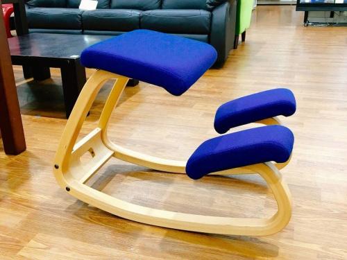 バランスチェアーの椅子