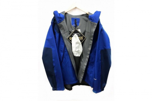 ジャケットのメンズ 服