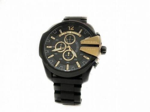ディーゼル(DIESEL)の腕時計