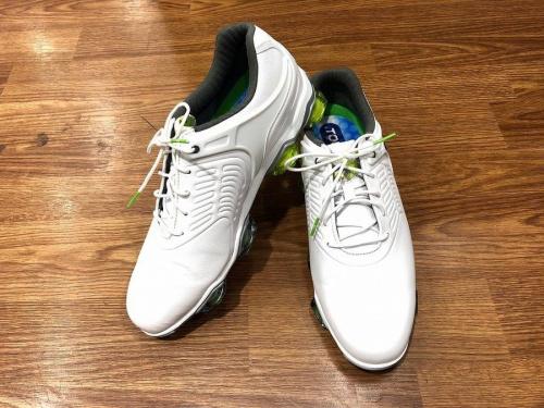 ゴルフのFoot-Joy