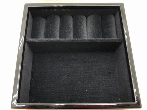 漆器のアクセサリーボックス