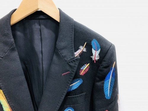 メンズファッションのフェザージャケット
