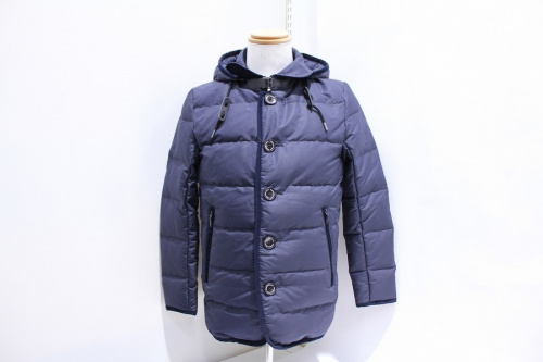 ダウンジャケットのコート