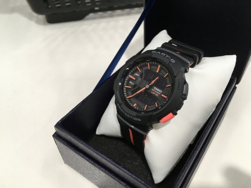 LOUIS VUITTONの腕時計