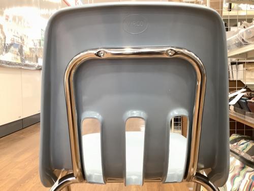 家具の椅子