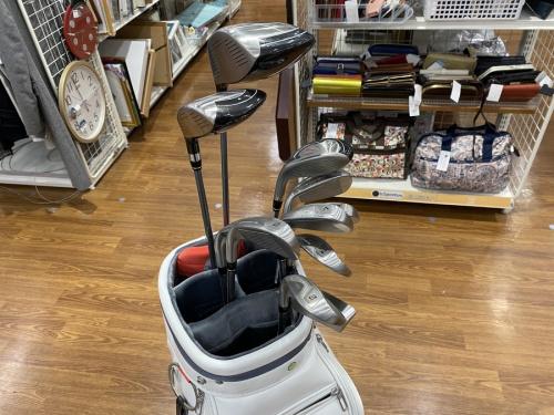 ゴルフクラブのアイアンセット