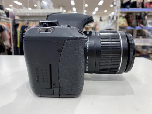 デジタル一眼レフカメラのCANON