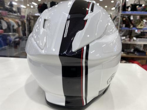 バイク用ヘルメットのSHOEI