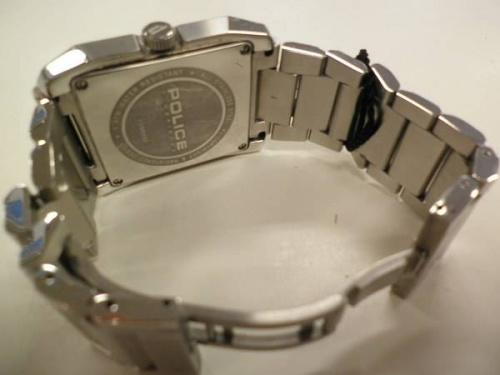 腕時計のポリス