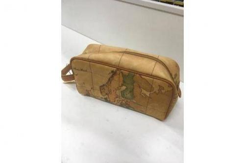 ブランド・ラグジュアリーのセカンドバッグ