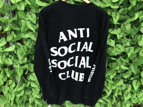 トレーナーのANTI SOCIAL SOCIAL CLUB