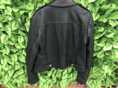 ジャケットのMICHAEL KORS