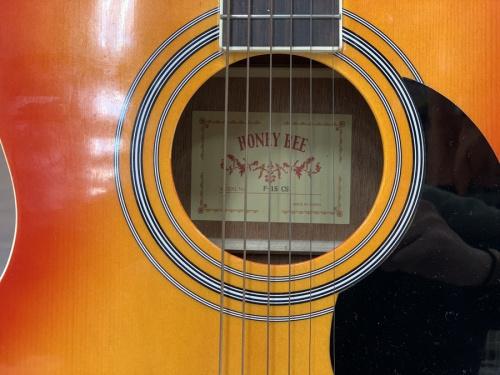 ギター ベース ドラム ウクレレ エフェクター アンプ トランペット サックス フルートのアコースティックギター