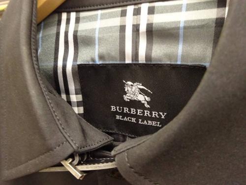 コートのバーバリー(BURBERRY)
