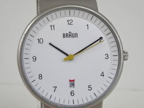 腕時計のBRAUN