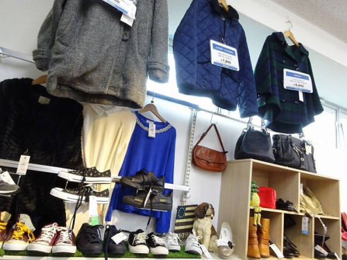 大阪八尾店ファッションの冬物衣類