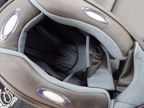 ヘルメットの関西