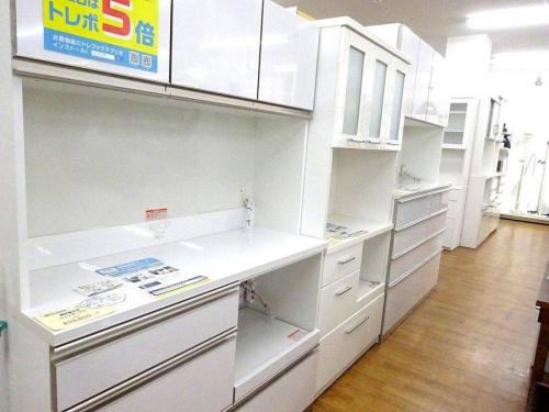 大阪八尾店家具
