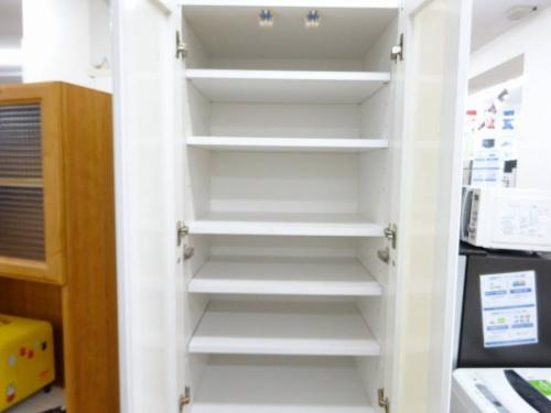 カップボード・食器棚のKEYUCA