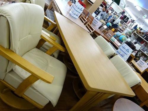 中古家具の中古テーブル 大阪