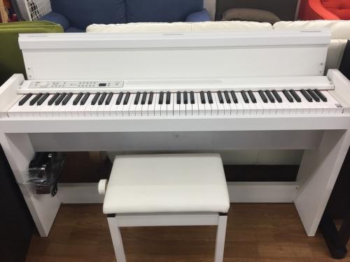 電子ピアノのKORG