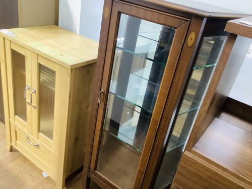 家具 アンティーク 関西のコレクションボード 買取 大阪