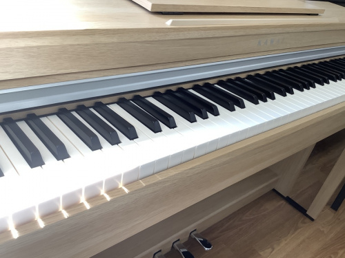 電子ピアノの河合楽器 KAWAI