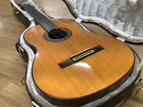 ギターのYAMAHA