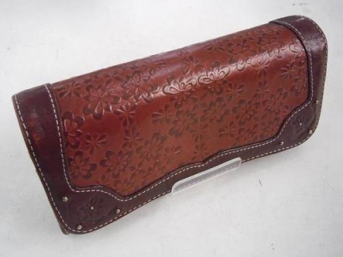 ラウンドファスナー長財布の112724-2149