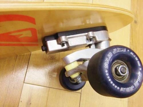 スケートボードのSOLID JUICE(ソリッドジュース)