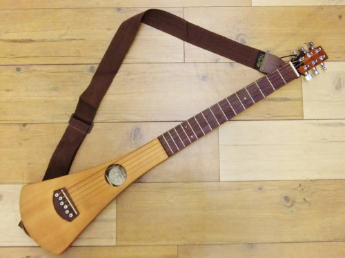 アコースティックギターのMartin