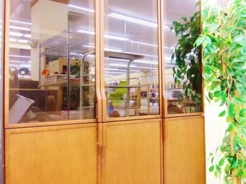 家具・インテリアの生松工芸