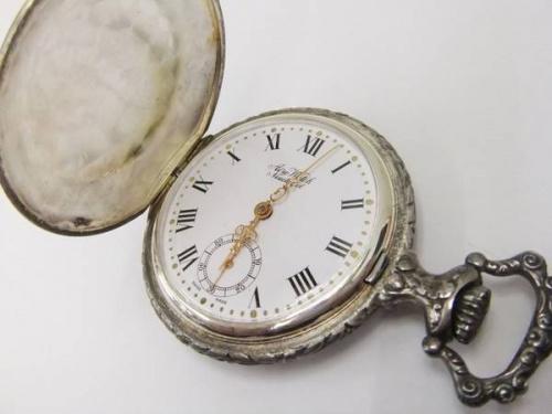 懐中時計のAERO WATCH