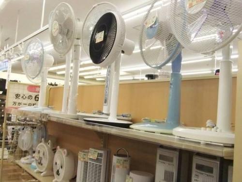 エアコンの季節家電
