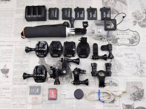 デジタルカメラのウェアラブルカメラ