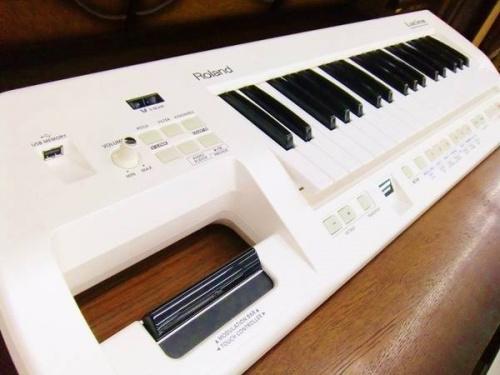 楽器・ホビー雑貨のROLAND