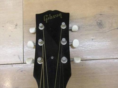 ギターのGIBSON ギブソン