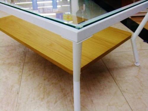 テーブルのラリー