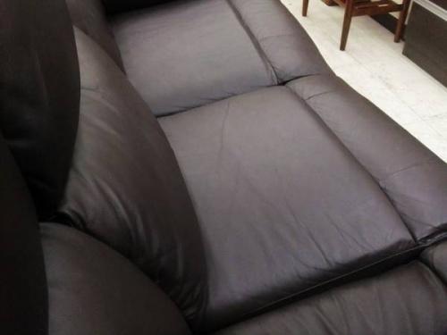 電動リクライニングのソファー