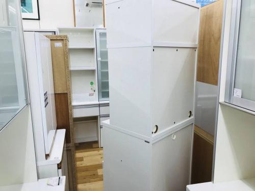 カップボード・食器棚のカリモク