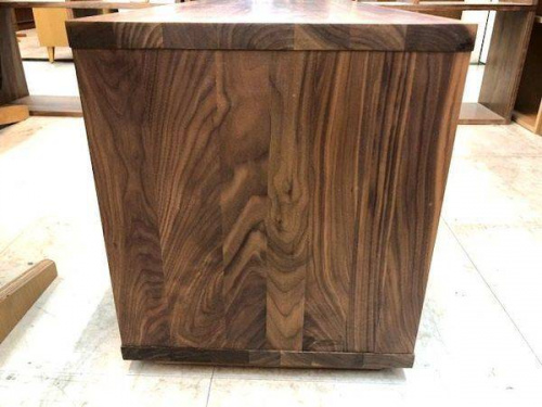 イスの無垢材テーブルベンチ